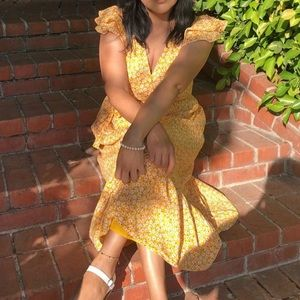 Floral yellow dress (OLD NAVY)💗